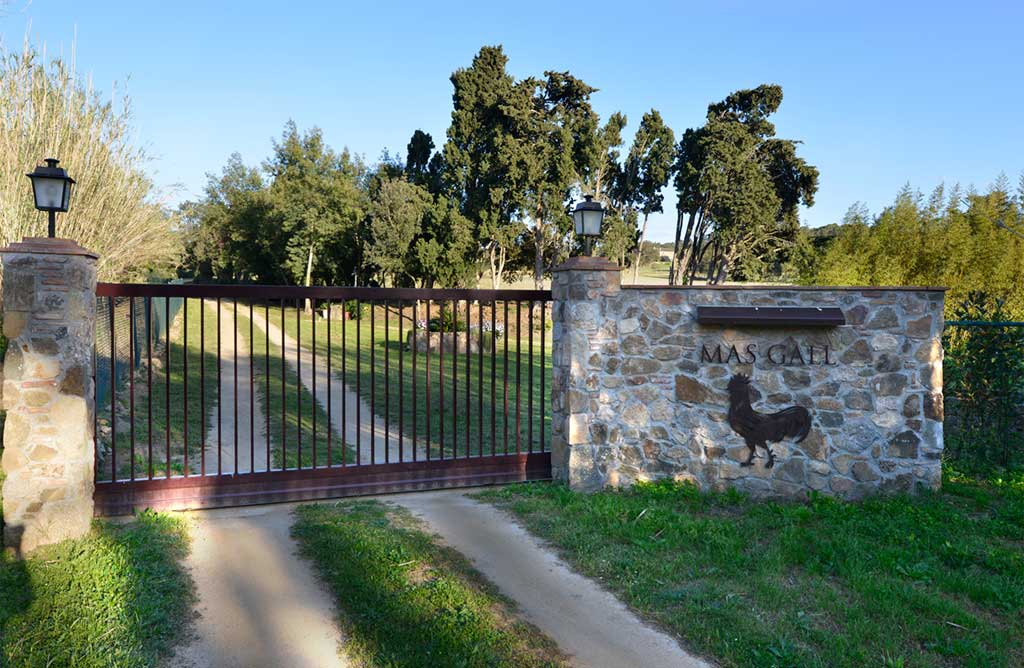 Mas Gall gate