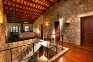 Mas Gall stairs